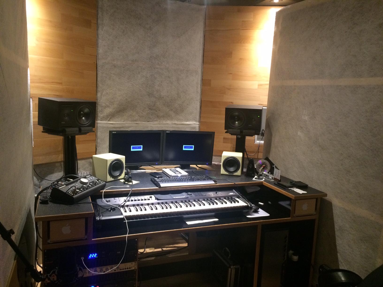 construction de mon home studio forum mobilier accessoires am nagement studio audiofanzine. Black Bedroom Furniture Sets. Home Design Ideas