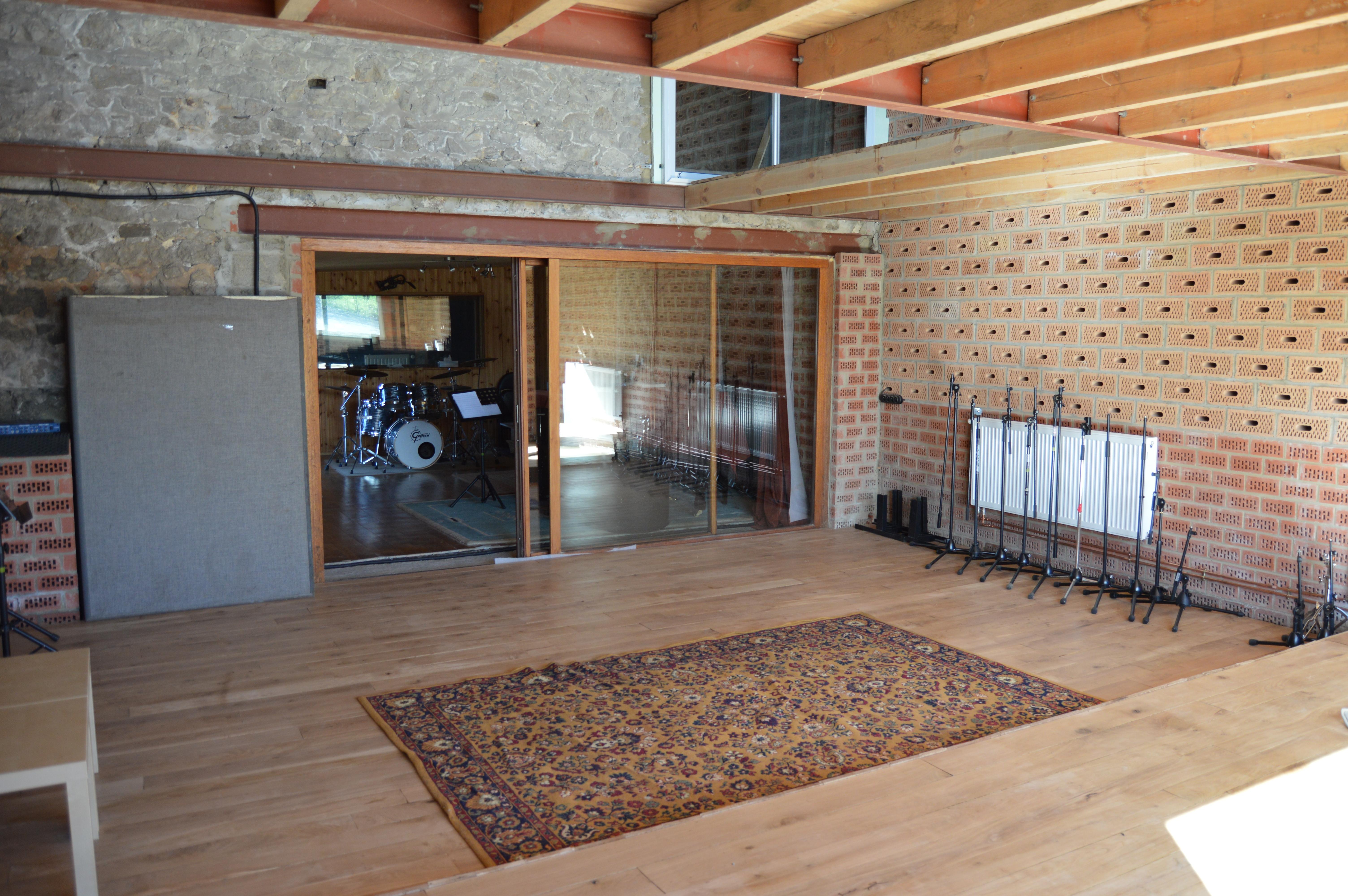 Am nagement acoustique de mon studio d 39 enregistrement forum mobilier accessoires - Cloison studio ...