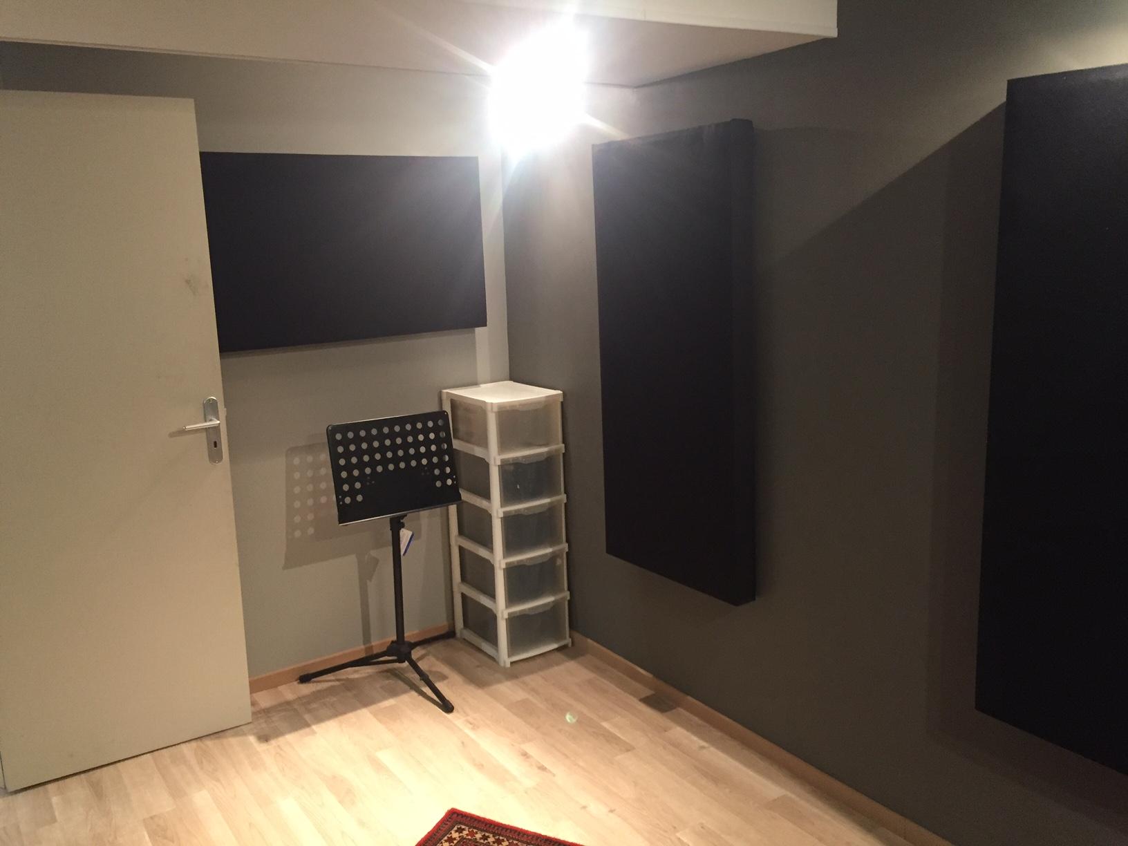 projet de construction de mon premier home studio forum mobilier accessoires am nagement. Black Bedroom Furniture Sets. Home Design Ideas