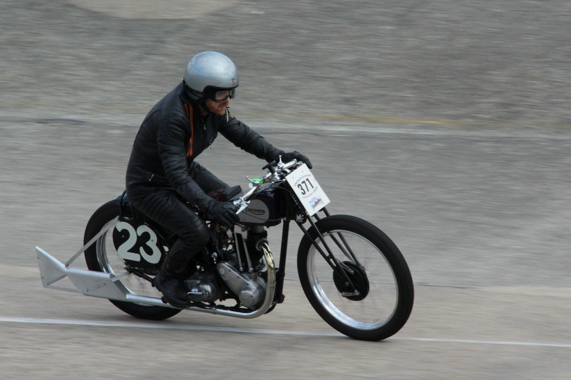 Monthlery Vintage Revival-Pré war cars &bikes-11&12 mai 2019 Image