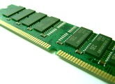 RAM /揮発性メモリ