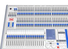 Consoles dédiées à l'Eclairage Automatique