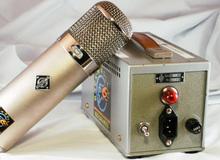 Microphones statiques à lampe
