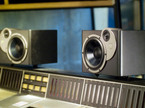 How to position studio monitors