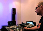 Colin Leonard takes the analog path to mastering success