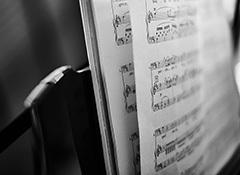 Harmonic anticipation and appoggiatura
