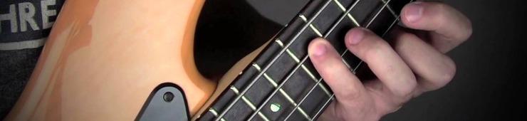 Los gestos adecuados antes de tocar el bajo