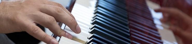 Les bases du piano pour composer et jouer avec d'autres musiciens