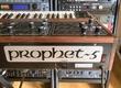 https://img.audiofanzine.com/images/u/fr/article/thumb1/test-du-synthetiseur-analogique-sequential-prophet-5-rev2-3493.jpg