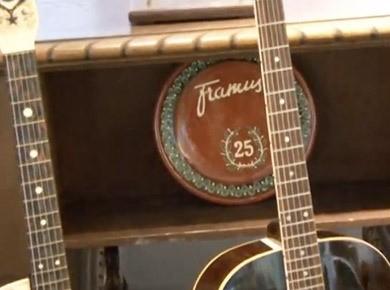 Le fabricant québécois de guitares Godin a toujours joui dune.