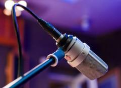 Comment orienter le micro pour la prise de chant ?