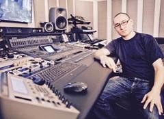 Richard Devine nous parle du design sonore, synthés, logiciels, studios, et plus encore