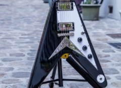 Test de l'Epiphone Flying V – Ebony