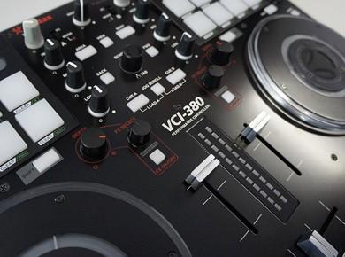 Test de la Vestax VCI 380