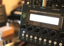 Test du synthé Micromonsta d'Audiothingies
