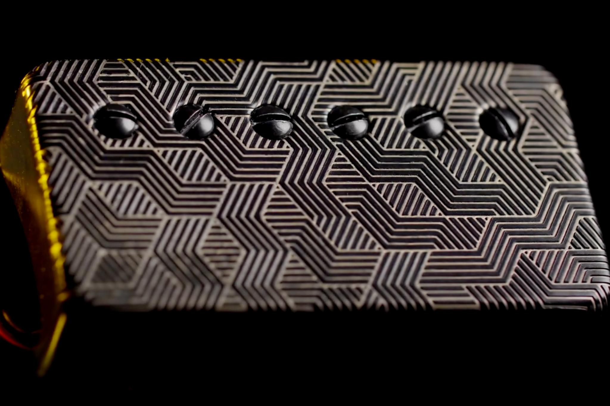 """Bare Knuckle dévoile le Polymath, micro signature Adam """"Nolly"""" Getgood -  Audiofanzine"""