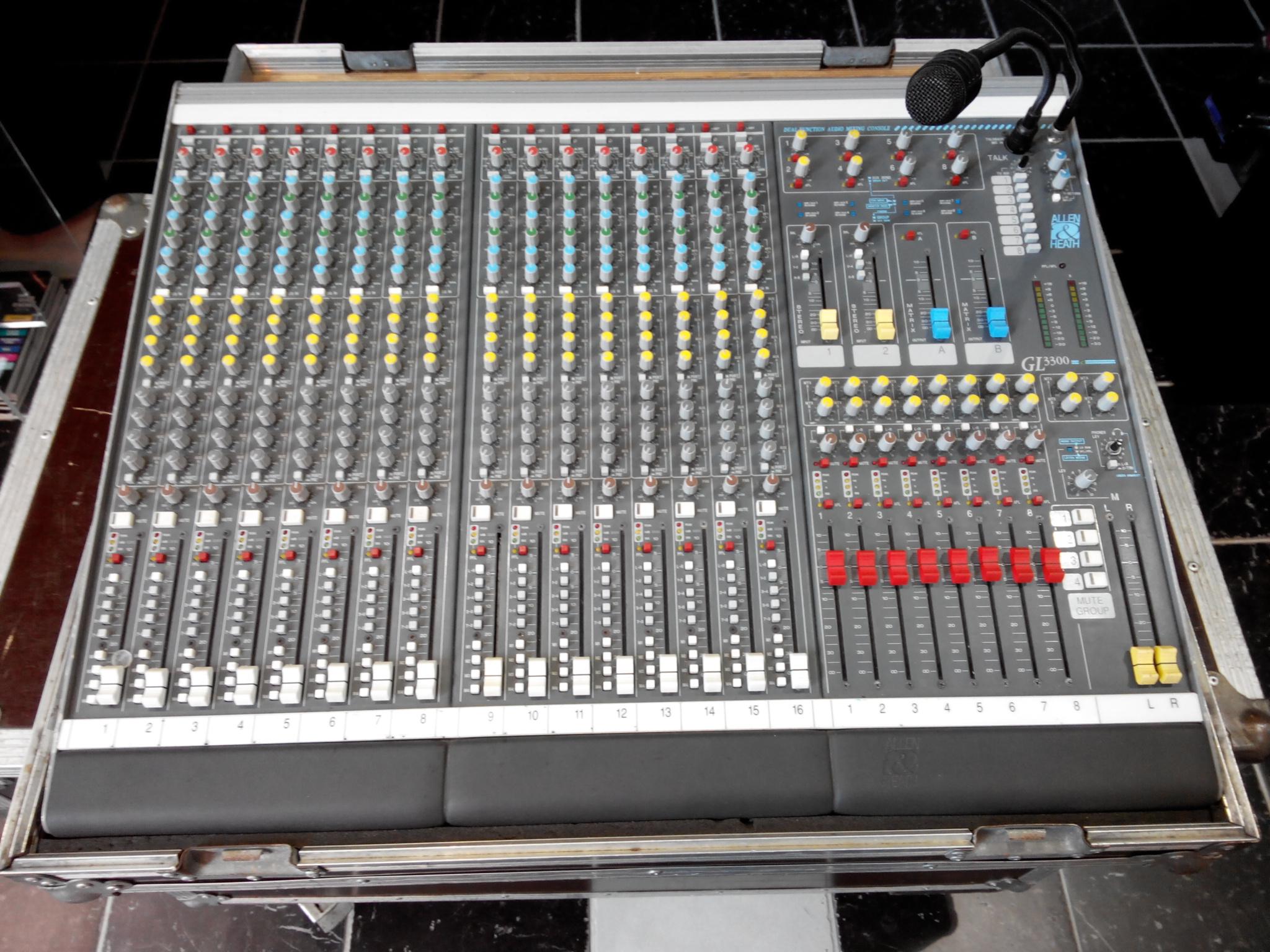 Gl3300 16 8 allen heath gl3300 16 8 audiofanzine - Console analogique occasion ...