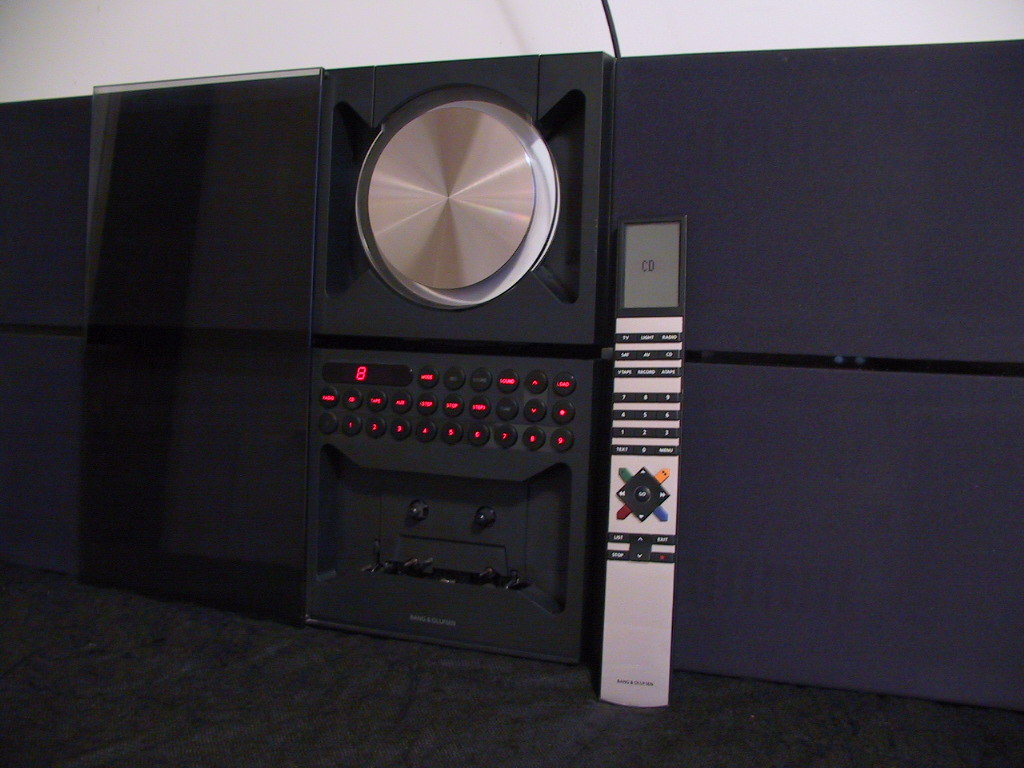 beo century bang olufsen beo century audiofanzine. Black Bedroom Furniture Sets. Home Design Ideas