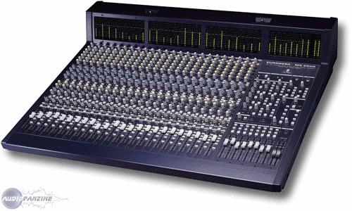 Eurodesk mx9000 behringer eurodesk mx9000 audiofanzine - Table de mixage professionnelle studio ...