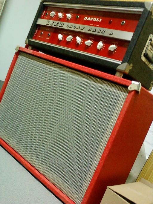 The testa rossa 60 39 s rock reviews davoli lied organ for Classic house organ bass