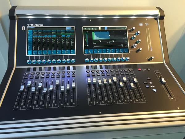 digico s21 digital console with 96 khz sample rate 24 mic preamps and dsp audiofanzine. Black Bedroom Furniture Sets. Home Design Ideas