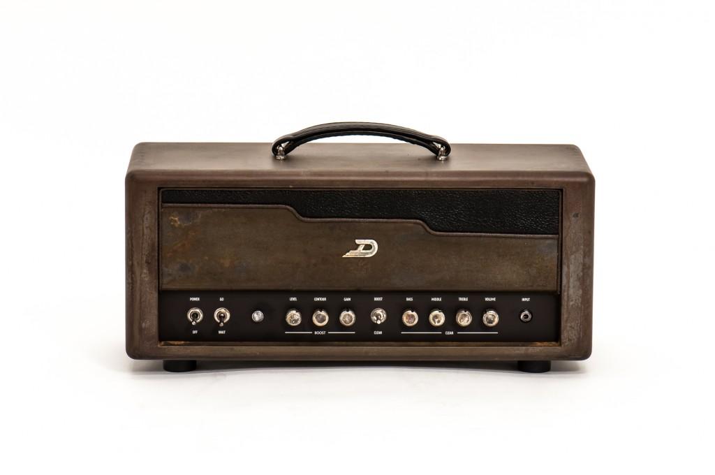 berlin amplifier duesenberg berlin amplifier audiofanzine. Black Bedroom Furniture Sets. Home Design Ideas