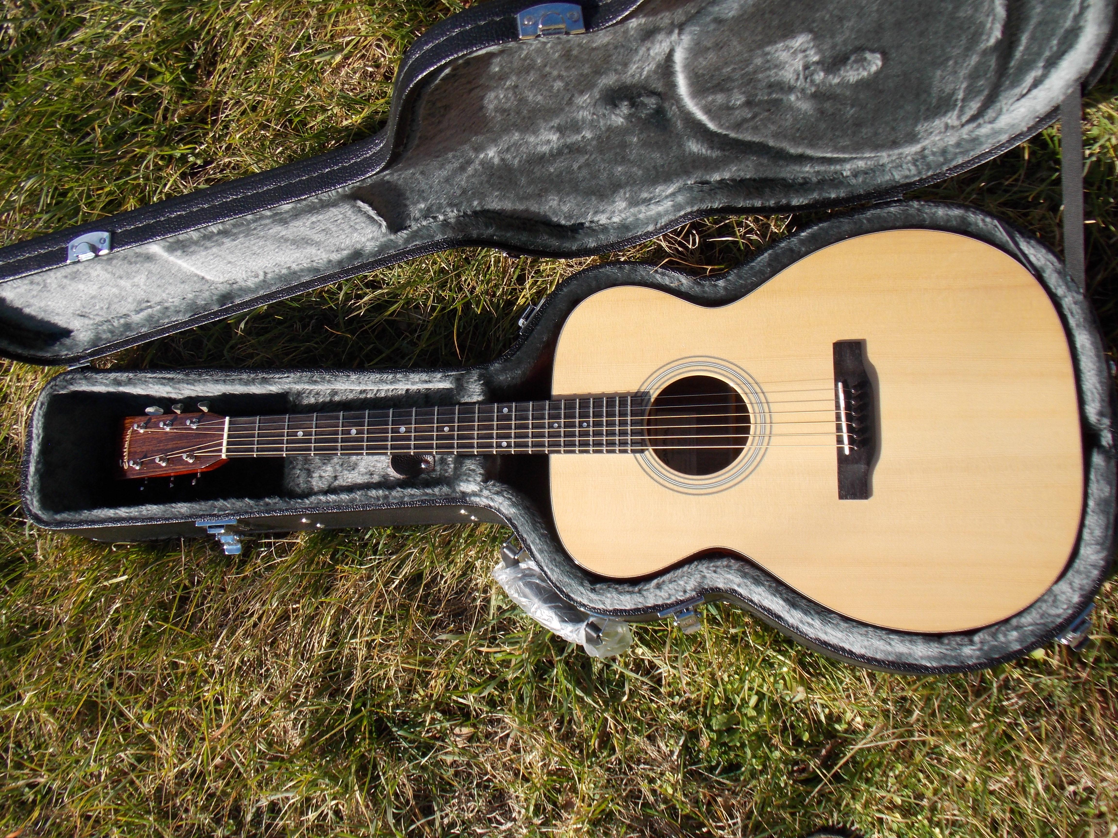 A Superb Aesthetics Guitar And Sound Level Reviews Eastman E10 Om