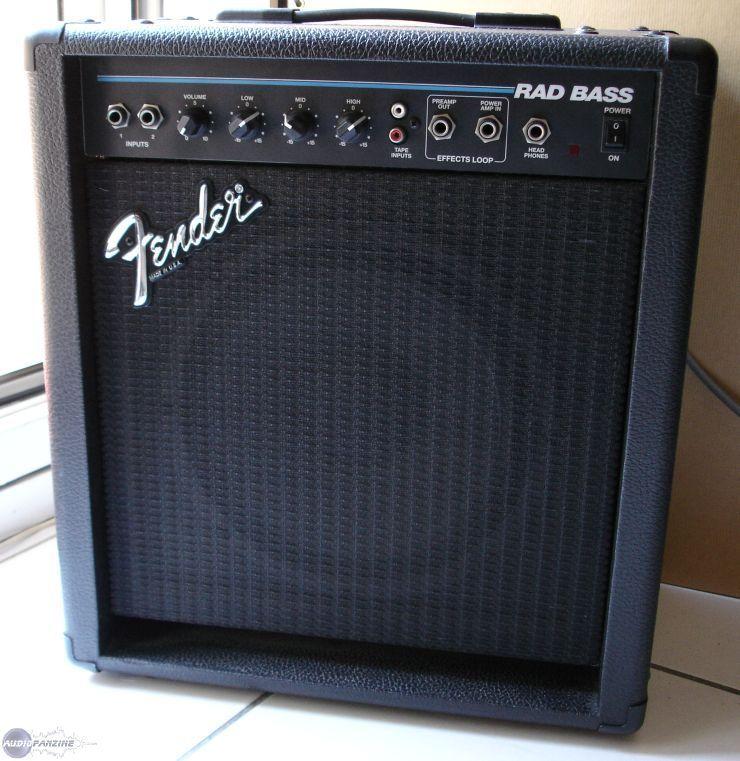 fender bass amp: