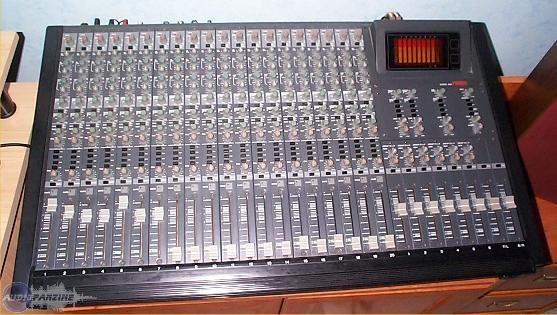 table de mixage fostex