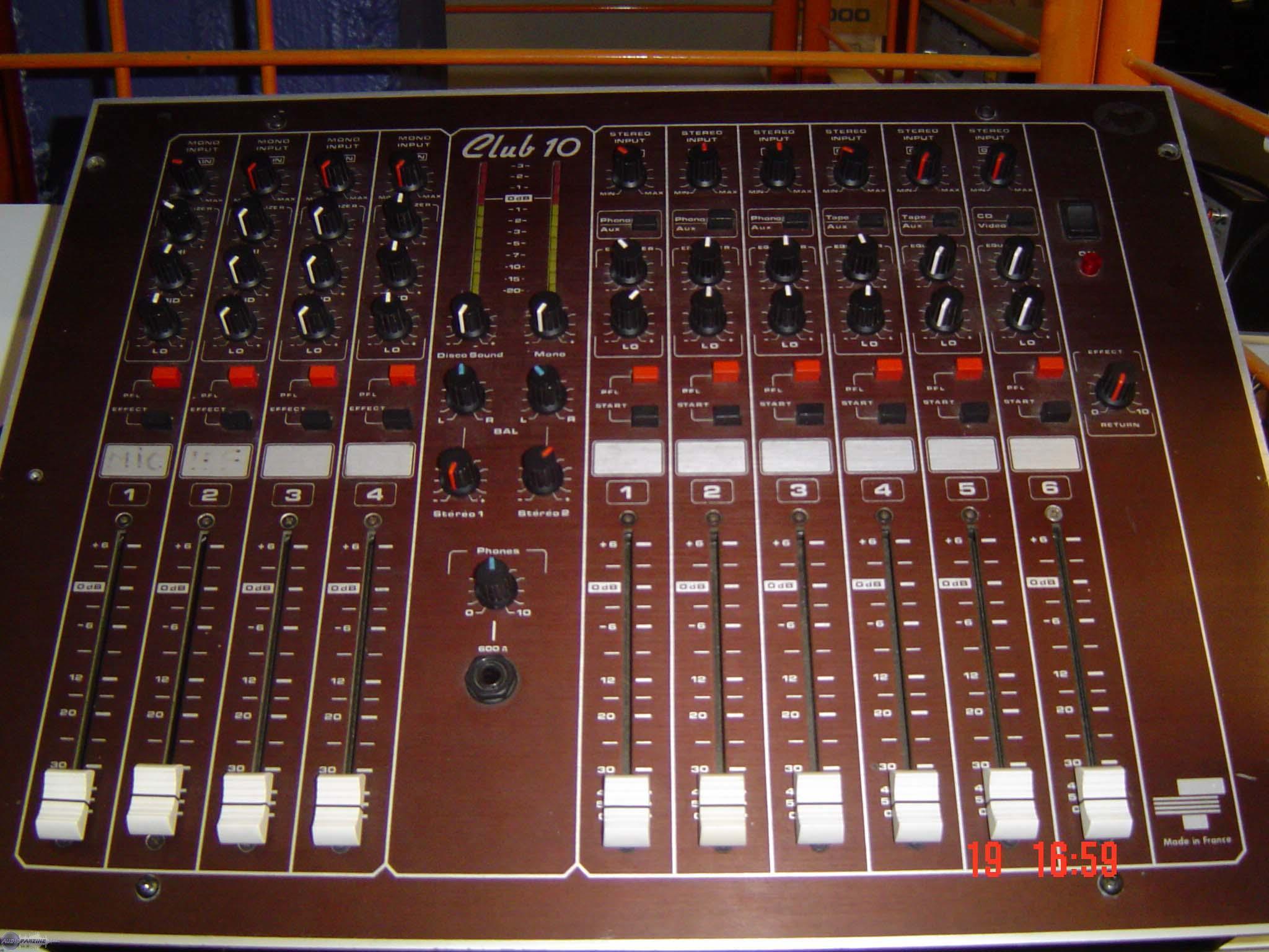 table de mixage freevox dj club