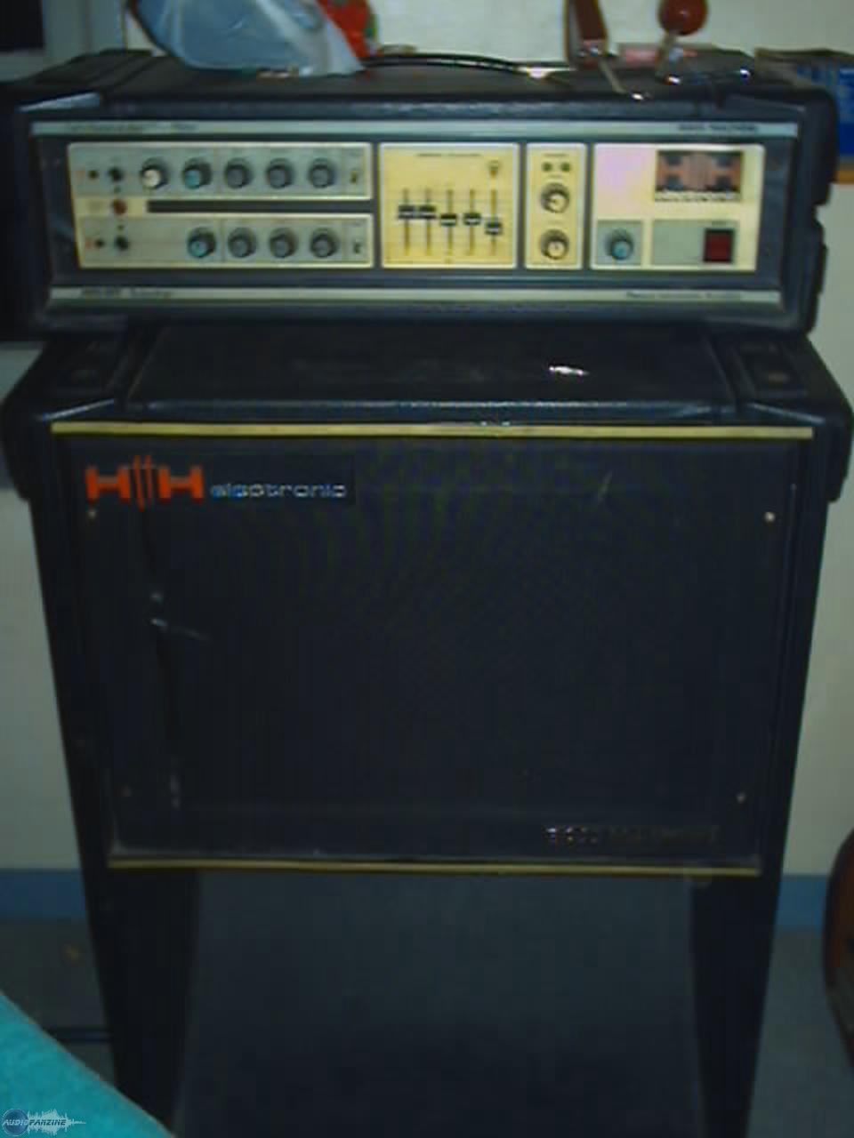 bass guitar machine