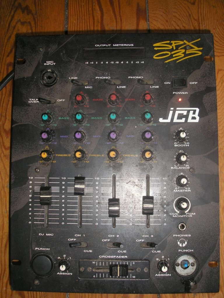 table de mixage jcb spx 035