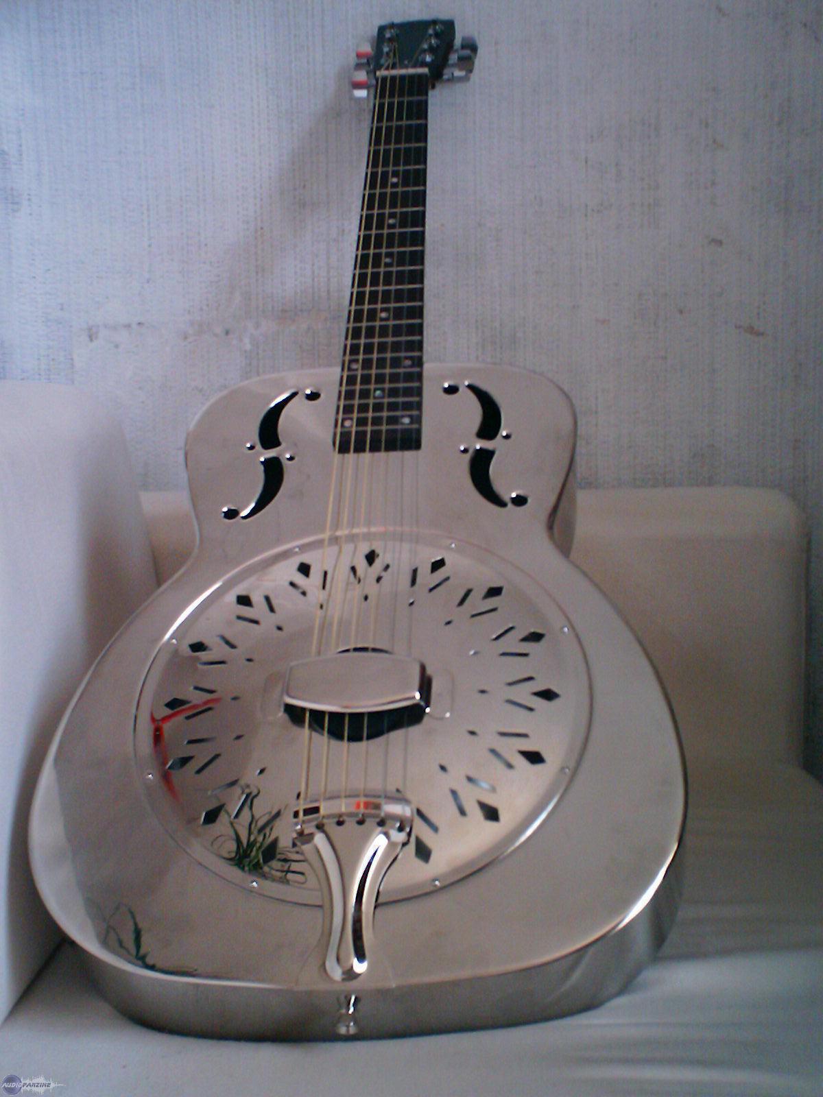 johnson guitars dobro image 653288 audiofanzine. Black Bedroom Furniture Sets. Home Design Ideas