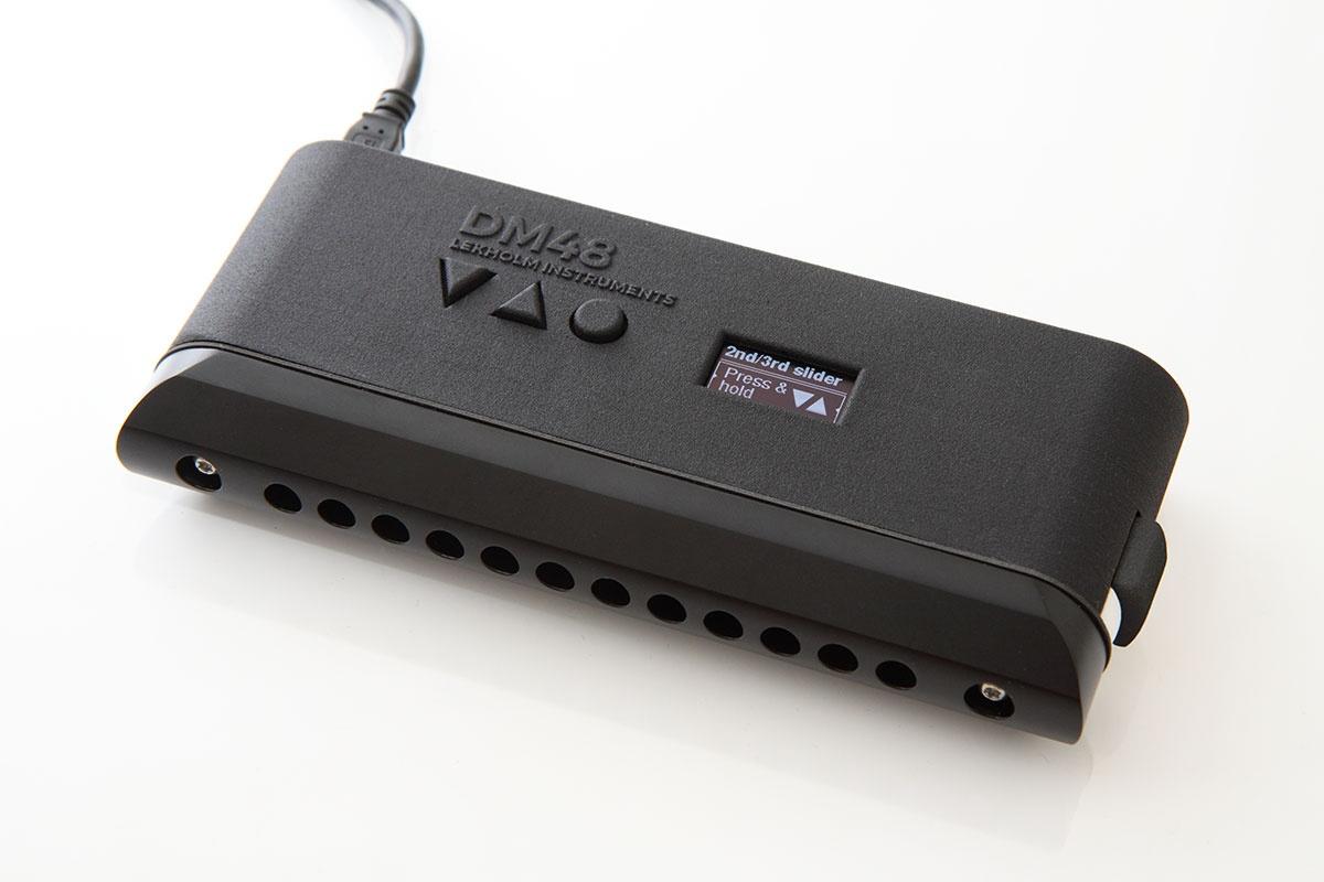 lekholm instruments dm48 harmonica chromatique lectronique contr leur midi pour mac pc ios. Black Bedroom Furniture Sets. Home Design Ideas