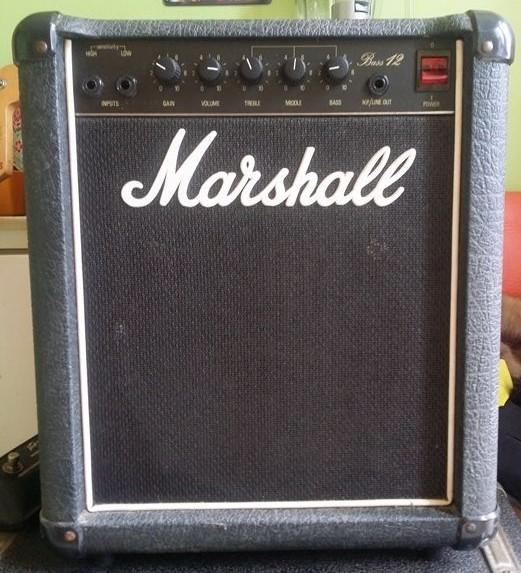 marshall 5501 jcm800 bass 12 1984 1991 image 1012828 audiofanzine. Black Bedroom Furniture Sets. Home Design Ideas