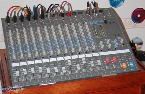 table de mixage phonic