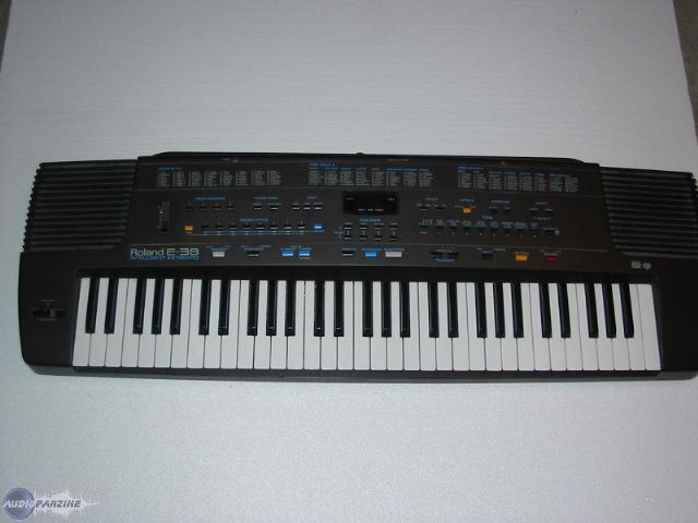 yoyog s review roland e 38 audiofanzine rh en audiofanzine com roland e36 service manual roland e36 intelligent synthesizer manual