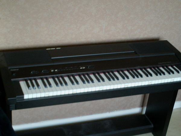 hp2000 roland hp2000 audiofanzine
