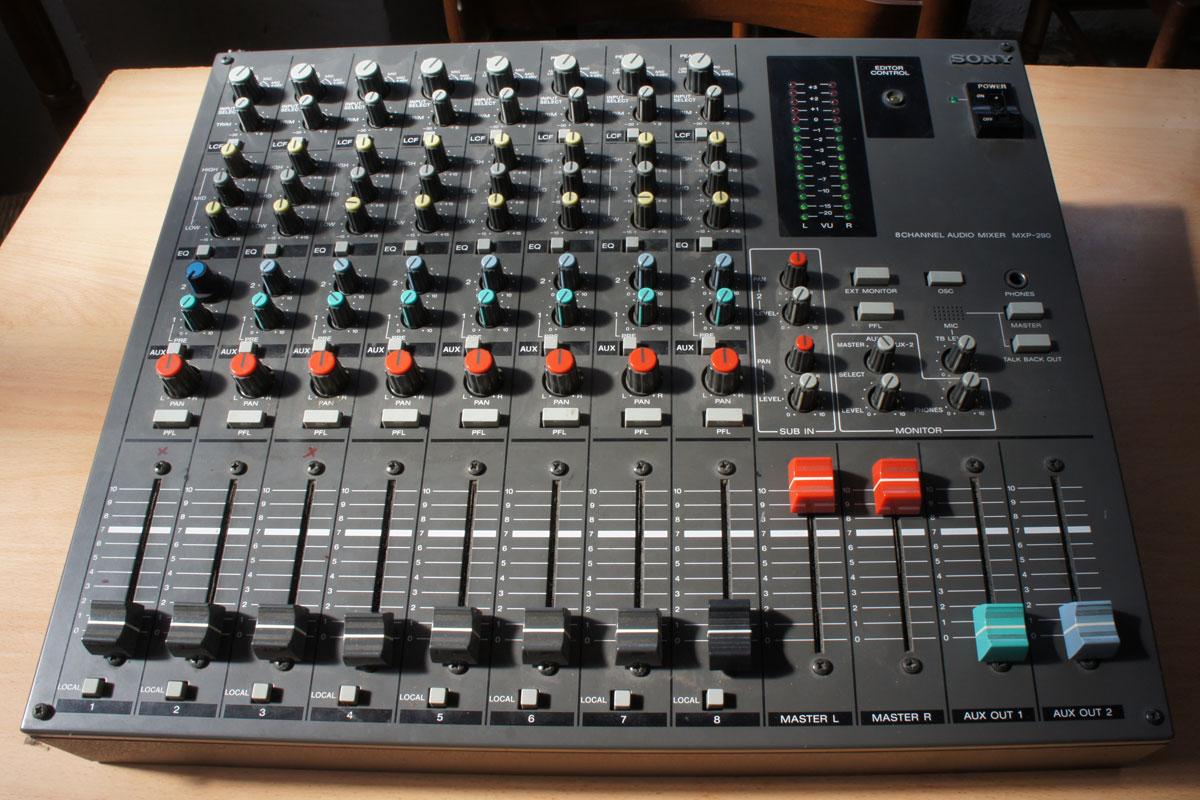 sony mxp 290 file mpx 290 sony 8 channel audio mixer gaellou rh en audiofanzine com Sony Operating Manuals ICD-UX523 Sony DAV HDX576WF Manual