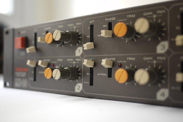 excellent mixer rack size reviews tascam 8 preamp mx80 audiofanzine. Black Bedroom Furniture Sets. Home Design Ideas