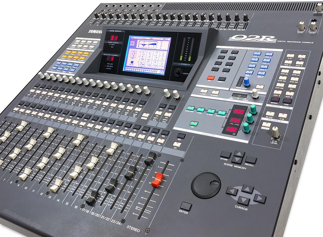 02r yamaha 02r audiofanzine for Yamaha sound console