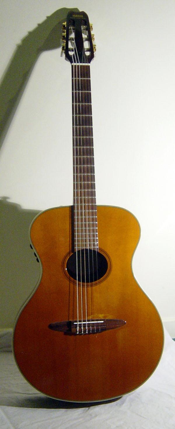 Yamaha Apx Nylon Guitar
