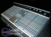 Allen & Heath GL3300 32/8/8/2