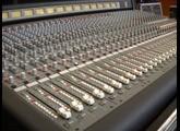 Vends Console de mixage X12 CREST AUDIO 40/12 avec son flight case