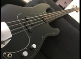 Fender Precision fretless américaine