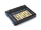 Novation Circuit + Behringer TD3 + Disto à lampe +Mixette + Flight case sur mesure