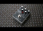 Spaceman Wow Signal Alien Fuzz Communicator neuve