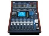 Console Yamaha DM 1000 VCM avec carte DANTE + flight case