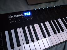 Alesis VI 49-Key USB/MIDI Keyboard Controller