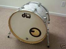 DW Drums grosse caisse 22x14
